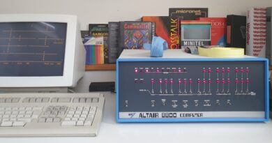 Experiencing the Altair 8800